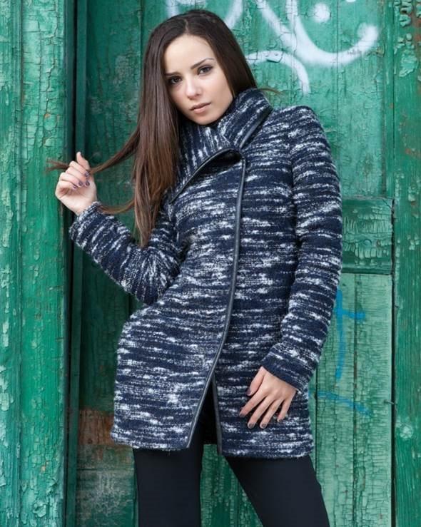 be0dccbaf4b Модерни дамски палта, съобразени с последните модни тенденции на 2015 /  2016 Модерни палта и манта, връхни дрехи 2015 - 2016 г на ниски цени. Виж